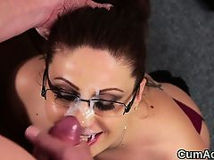 Extraordinary peach receives spunk flow on her face gulping all the semen